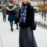 С чем носить юбку зимой и чувствовать себя комфортно